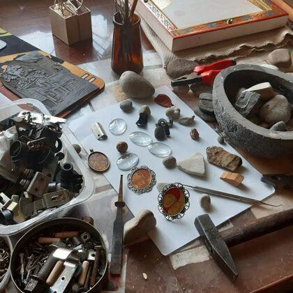 darbi uz metāla